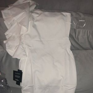 New with tags white one shoulder Lulus dress